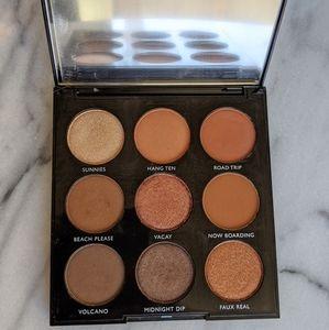 Morphe Bronzed Babe 9B eyeshadow palette